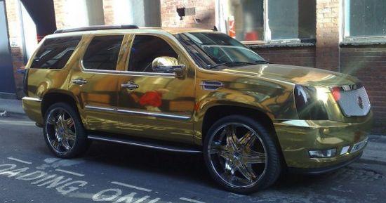 gold-plated-escalade_i9oxp_5965.jpg