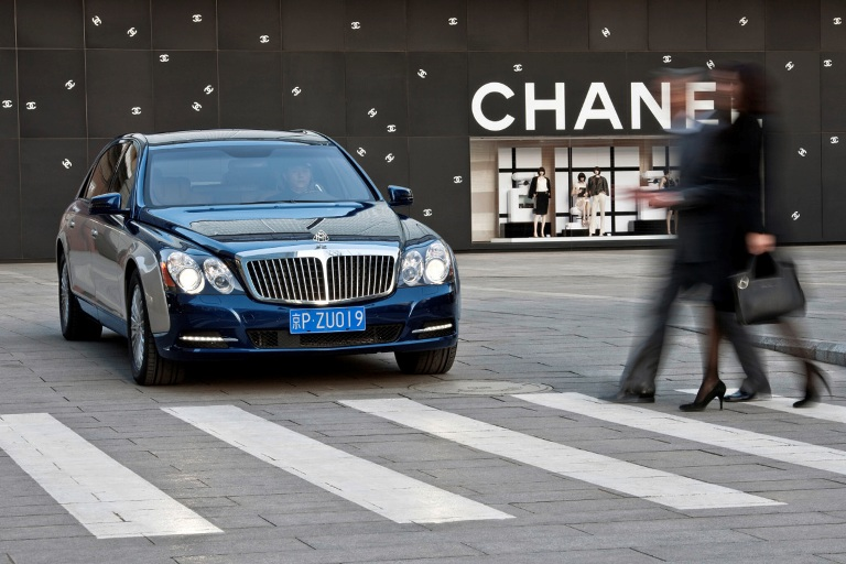 Maybach Unveils Updated Range For 2011