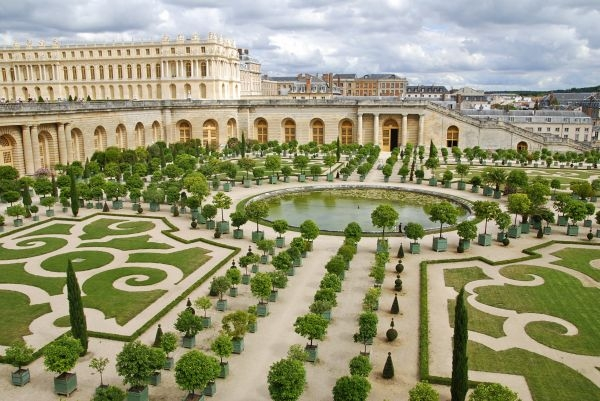 New Luxury Hotel Planned for Versailles