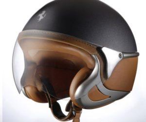NewMax Ferrari helmet