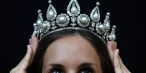 Rothschild tiara sells for over £1 million in London