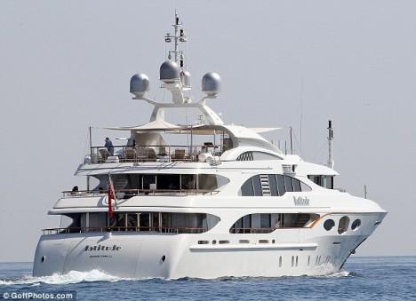 Benetti yacht Latitude