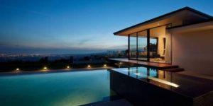 Vera Wang's new Beverly Hills glass house