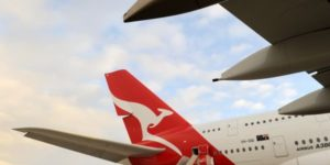 Qantas in 'world-first' tablet trial
