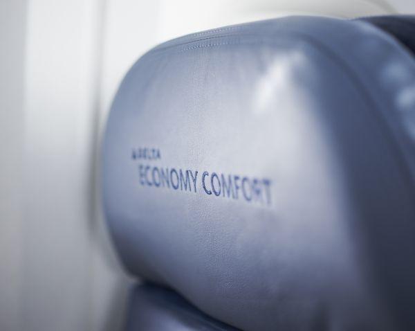Delta rolls out full premium economy product