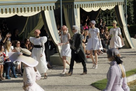 Chanel Versailles Cruise show lagerfeld
