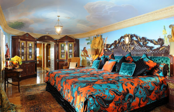 Gianni Versace mansion bedroom