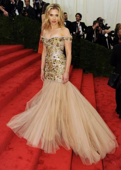 Scarlett Johansson Dolce and Gabbana