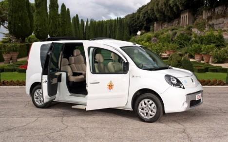 Renault Kangoo Popemobile
