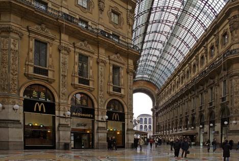 McDonalds Galleria Vittoria Emanuele Milan