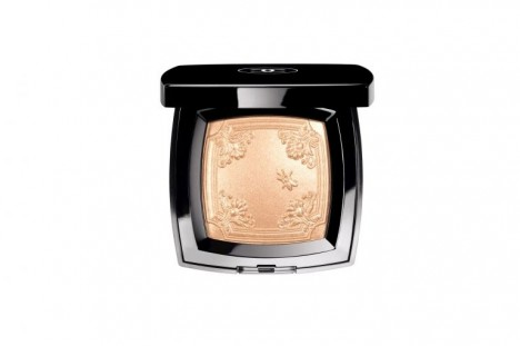 Chanel Versailles Compact