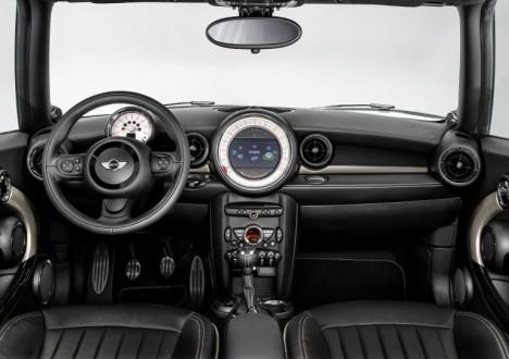 Mini Clubman Bond Street Interior