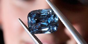Blue Diamond Sells for Record $9.5 million