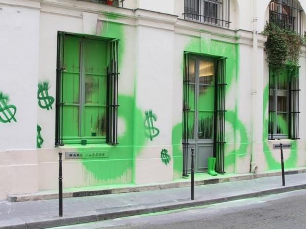 Marc Jacobs Paris store graffiti