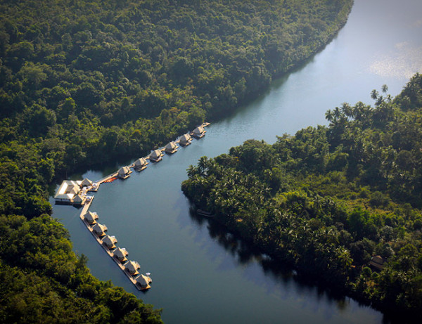 Four Rivers Floating Lodge Cambodia
