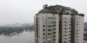Stone fortress illegally built atop Beijing skyscraper