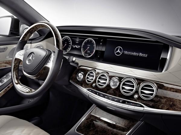 Mercedes Benz S600 interior