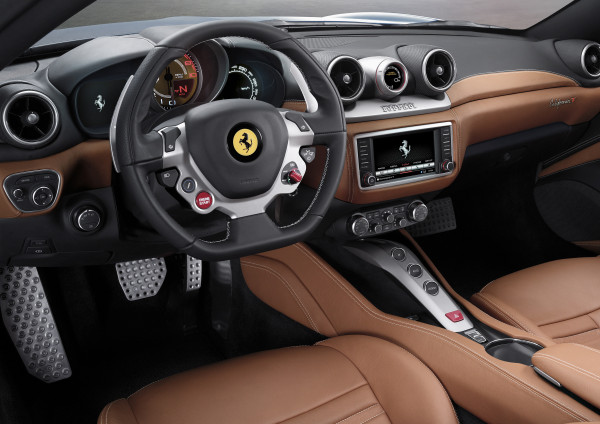 Ferrari California T interior