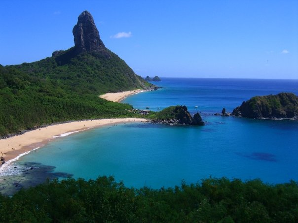 Baia do Sancho beach