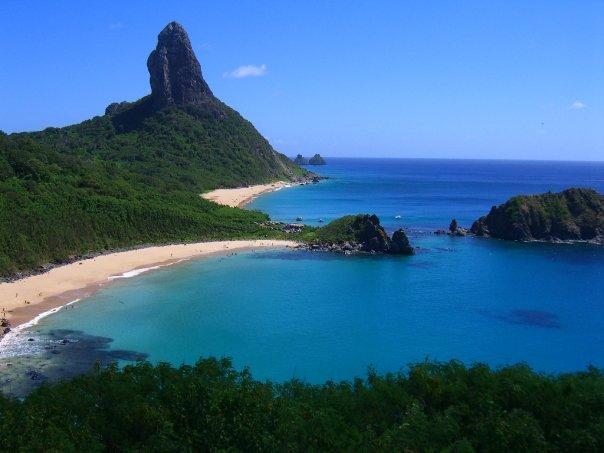 Baia do Sancho beach