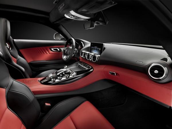 Mercedes-AMG GT cockpit