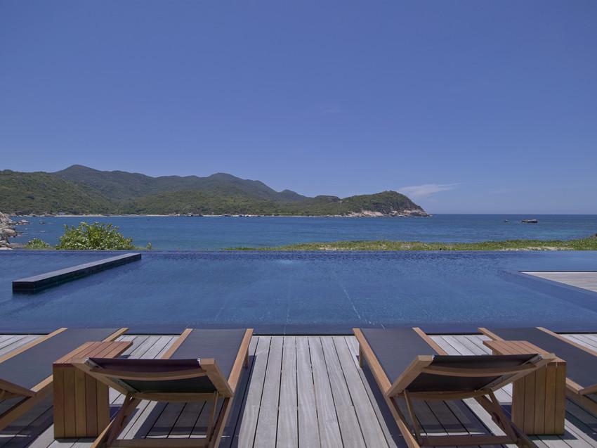 Cliff Pool Amanoi vietnam