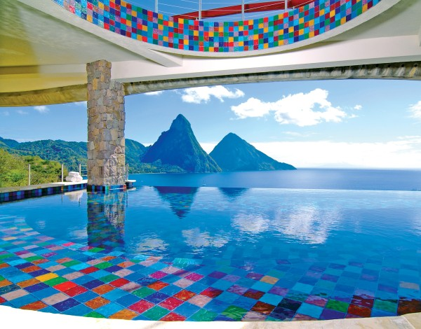 Jade Mountain infiinity pool