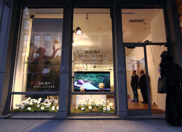 Daisy Marc Jacobs pop-up store