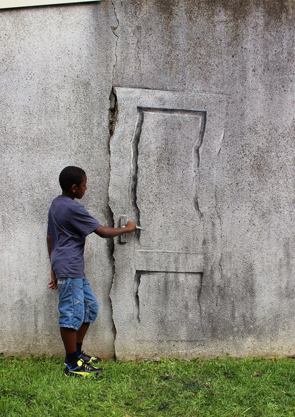 New Site Specific Paintings By Pejac 9