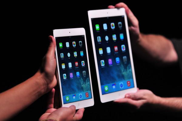 iPad Air (R) and iPad Mini