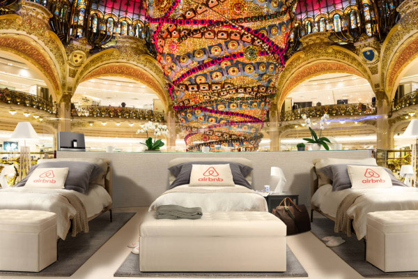 Airbnb beds Galeries Lafayette