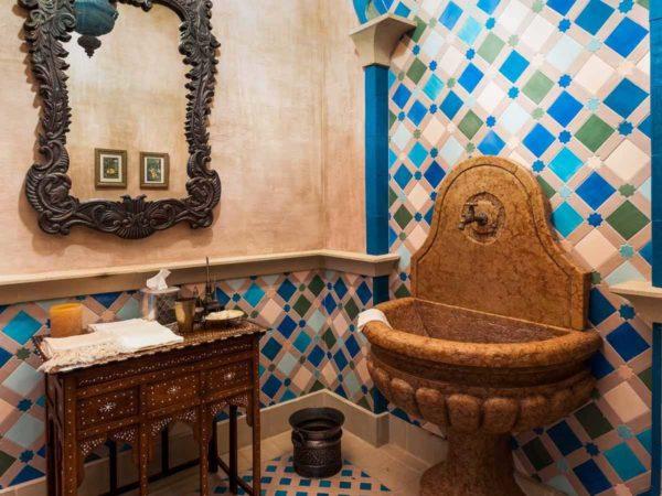 Palm Beach mansion bathroom