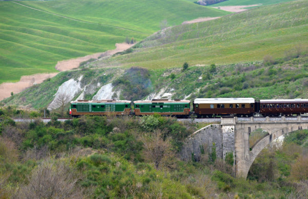 Tuscany's Nature train