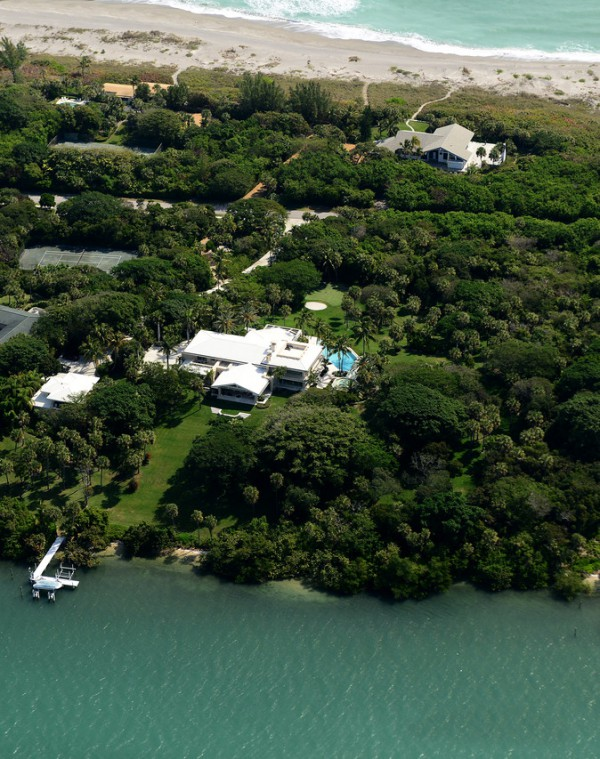 Jupiter Island luxury home aerial view