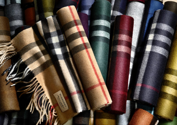 Burberry Scarf Bar service