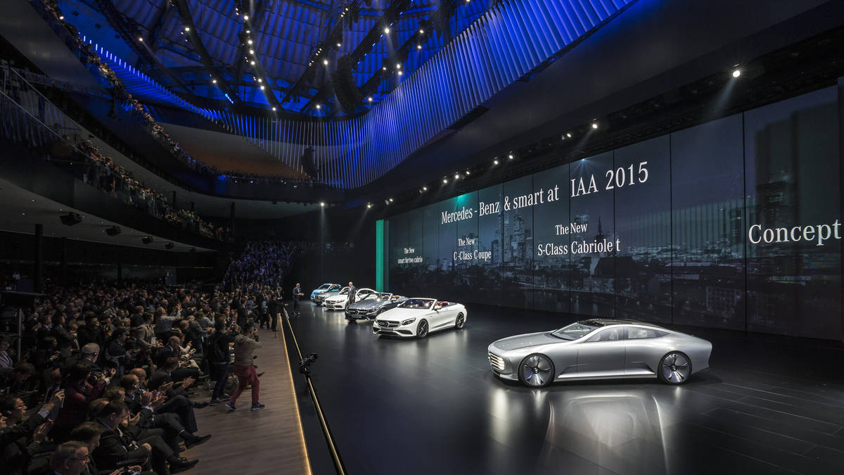 The Mercedes-Benz Concept IAA is a Shapeshifting Car