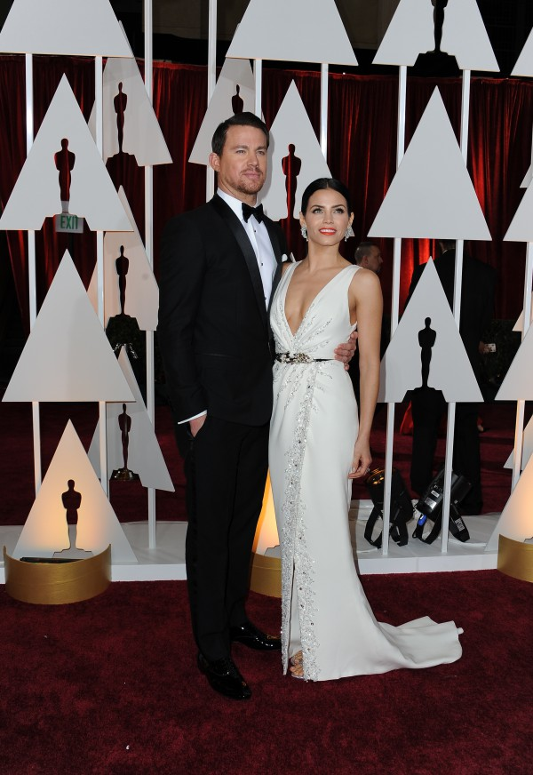 Actor Channing Tatum and wife Jenna Dewan arrive on the red carpet for the 87th Oscars on February 22, 2015 in Hollywood, California. AFP PHOTO / VALERIE MACON / AFP / VALERIE MACON