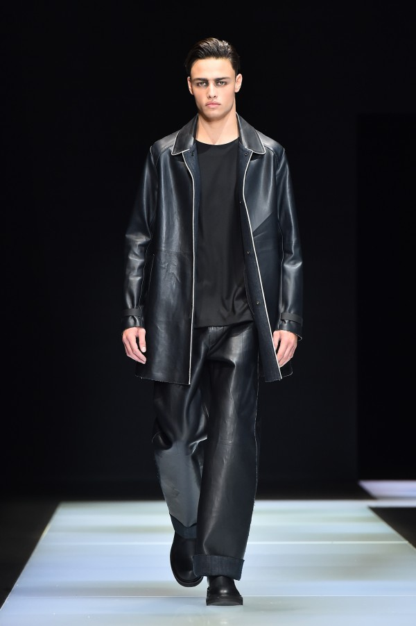 Emporio Armani showed oversized leather pants and coats, plus sleek sportswear pieces with a distinctly urban vibe. Leather gloves stood in contrast to chunky padded scarves. Gray and black were the dominant shades. AFP Photo