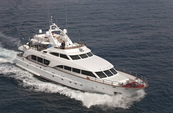 Bennetti's 30.2m Nanou, a fine example of the ever popular Bennetti Tradition 100 series