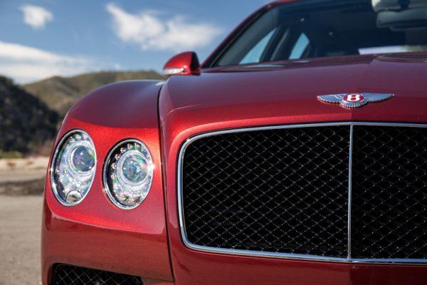 Bentley-FlyingSpurV8S-Grille
