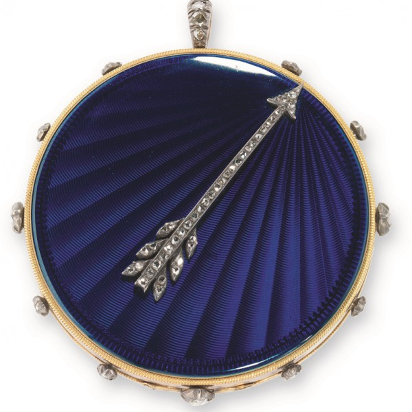 Tact watches like this No. 1009 are identified by an externally placed arrow for the owner to feel the time