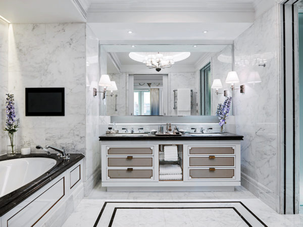 The-Sterling-Suite-Master-Bathroom