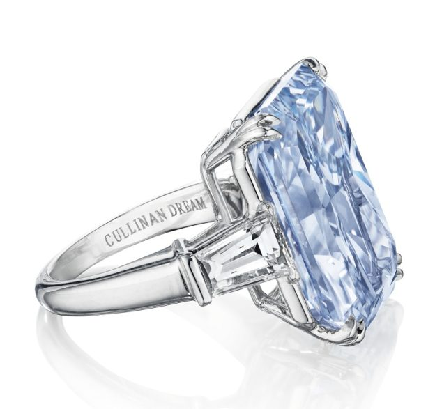 5d37185950024d Cullinan Dream Blue Diamond to Sell at Christie's