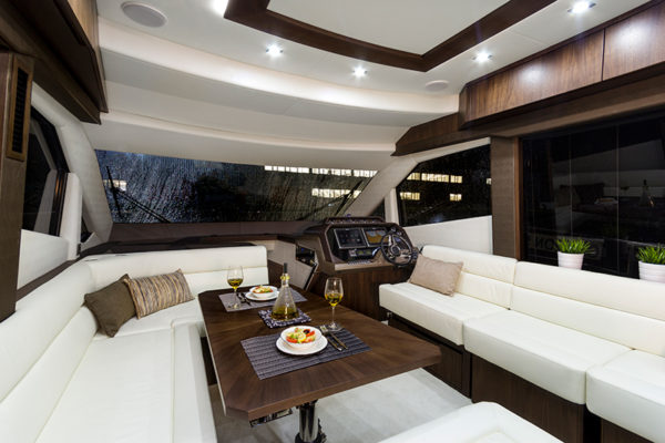 Galeon-500-Fly-galley