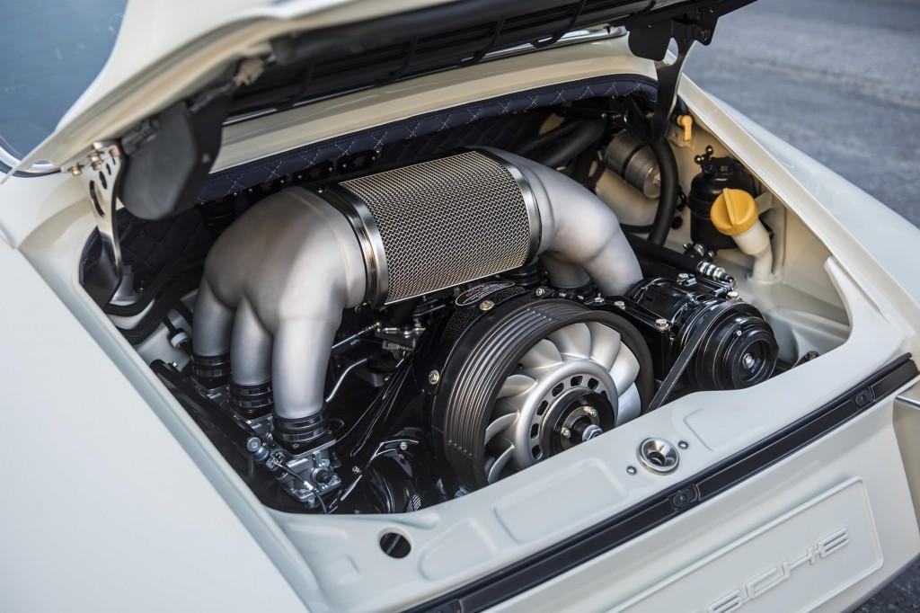Singer Porsche 911 Newcastle engine