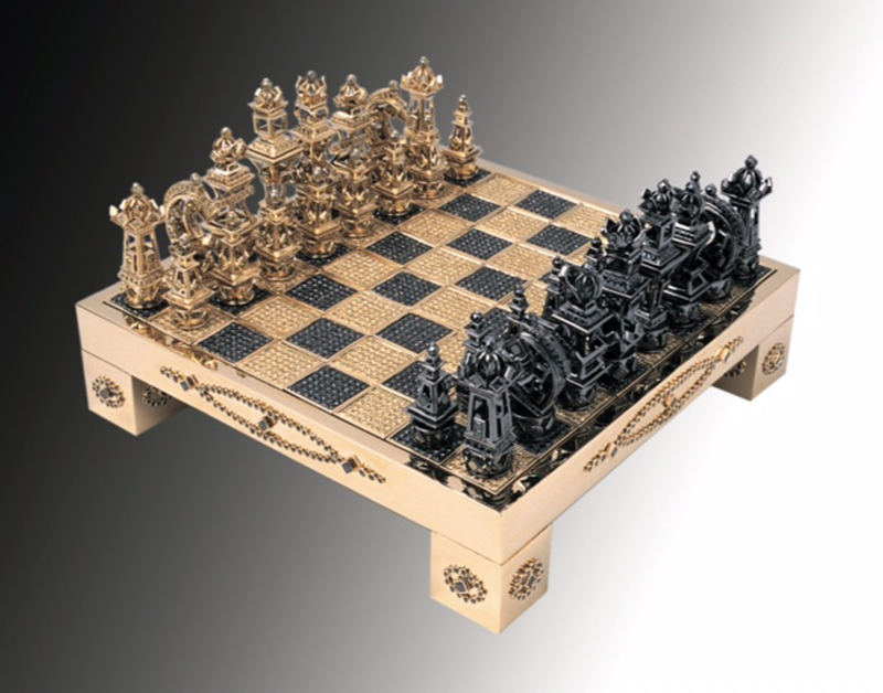 Extreme Extravagance: 18k Solid Gold Chess Set