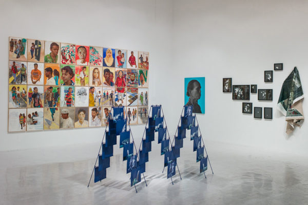 16-Installation-view-of-Malaysian-Art,-A-New-Perspective-at-Richard-Koh-Fine-Art,-Singapore,-2014,-(Credit--Terrence-Lee)