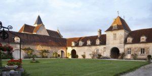 Visit Pop-Up Wine Bar at Château de Béru, France