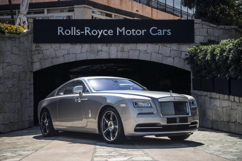 Rolls-Royce-Dawn until dusk-Wraith
