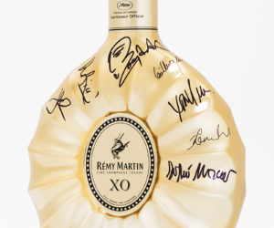This limited-edition Rémy Martin XO carafe is signed by jury members from the 2015 Cannes Film Festival (Ethan and Joel Coen, Sophie Marceau, Sienna Miller, Xavier Dolan, Jake Gyllenhaal, Guillermo del Toro, Rossy de Palma and Rokia Traoré). © Rémy Martin/La Part des Anges Rémy Martin/La Part des Anges